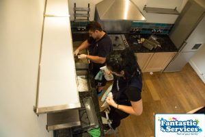 End of Tenancy cleaning by Fantastic Cleaners 6