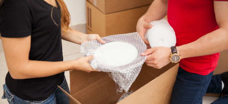 How to Pack Glass Dishes for Moving
