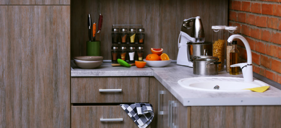 how to unclog a kitchen sink drain with standing water