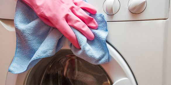 How to clean top and front loading washing machines