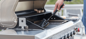 Cleaning of outdoor grill
