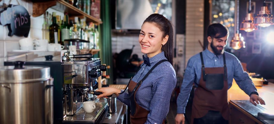 COVID, restaurants and bars – is it safe to go back to work?